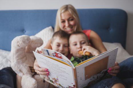 Los beneficios de leer a los niños